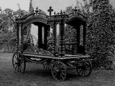 Fabulous OLD Funeral Hearse ♥   (pin thanks to~Wunderkammer~)