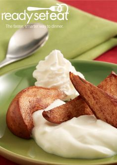 Sautéed Pear with Greek Yogurt… For a healthier dessert to prepare this summer, look no further than this 4 ingredient and 1 step recipe.