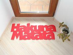 Hakuna Matata doormat. Very cute!