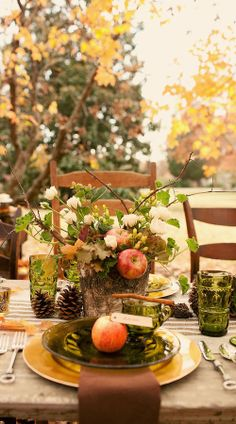 Rustic fall table-scape