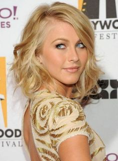 2014 Cute Hairstyles for Girls: The neck-length layered tapered bob  is for girls who have a little curl to their hair & have long face shapes. The sides are an inch longer than the back & are textured along the bottom edge with a slight razor-cut or point-cut skill.  Using a large sized curling iron, curl your hair into loose curls & waves. Brush your fingers through your soft curls to break them up a bit and then use the flat iron to flick out the bottom pieces. Tease the crown for volume. Juliannehough, Julianne Hough, Mid Length, Shorts Hair, Medium Length Hairstyles, Long Hair, Hair Style, Wavy Hairstyles, Medium Hairstyles