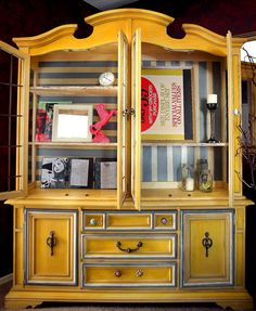 @PromiseTangeman repurposed this old china hutch. Must say I LOVE the results