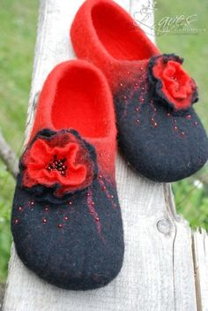Red and black- handfelted slippers/ home shoes HANDMADE ORDER. $63.00, via Etsy.