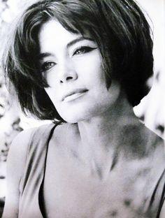 ΤΖΕΝΗ ΚΑΡΕΖΗ (Jenny Karezi) - Famous Greek actress from the 50's and 60's.