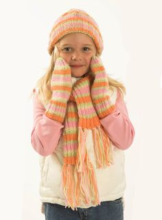 Cute kid's scarf kni