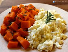 By adding sweet potatoes as a side to your scrambled eggs in this P90X3-inspired recipe, you add even more nutrients to your breakfast plate. #breakfast #eggs #high-protein #p90x3 #recipes #sweetpotatoes #vegetarian