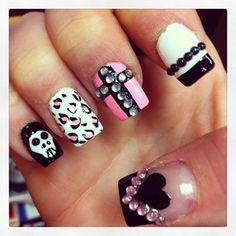 Nails acrylics cross heart skull nail design