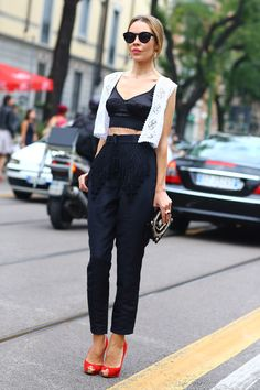 Street Style  - for more inspiration visit http://pinterest.com/franpestel/boards/