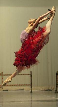 DANCE  Ballet - Ballerina Oksana Bondareva