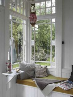 Window Nook decor, cups, teas, window nook, shelves, read nookeveryon, reading nooks, windows, cozi read