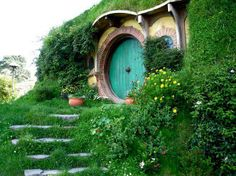 Amazing beauty from New Zealand. I want to see a real Hobbit Home♥