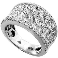 Stunning right hand ring!
