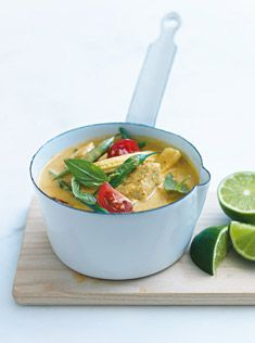thai chicken and bean curry