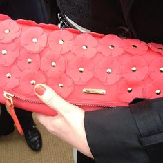 Oh hello floral Burberry clutch spotted at London Fashion Week. www.handbag.com