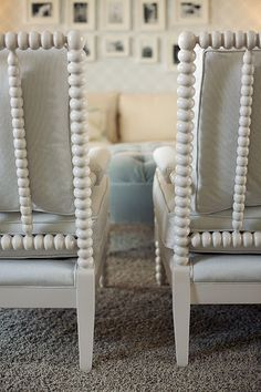Gorgeous spindle chairs!