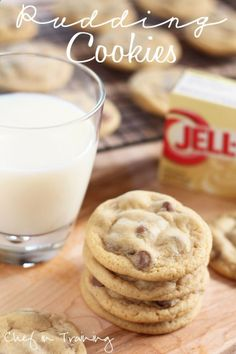Pudding Cookies! The best and softest cookies ever! These are now my go-to recipe for chocolate chip cookies! #cookie #recipe #nationalcookieday
