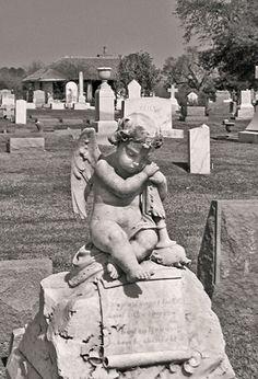 Mourning Angel, Natchez City Cemetery, Natchez, MS