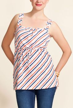 love this nursing shirt. perfect for summer.