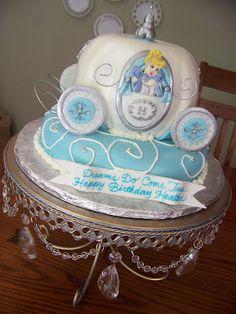 The Disney Cake Blog: Cinderella Carriage Cake