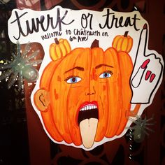 MileyCyrus pumpkin drawing college halloween party decoration