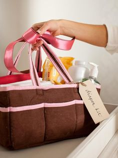 6 Perfect Baby Shower Gift Kits You Can Make : Home_improvement : DIY