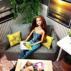 Doll Sofa Cover fits over standard tissue box for Barbie Fashion Royalty Liv by FroggyStuff