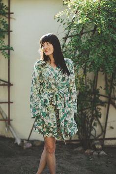 This botanical-print silk robe practically demands a lazy morning on the back porch. #etsy #etsyfinds