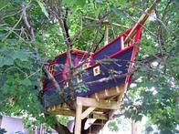 pirate ship tree house, house design, tree forts, tree houses, tree house pirate