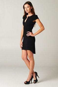 .perfect black dress!
