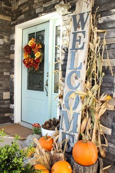 DIY Welcome Sign by The Wood Grain Cottage decor, holiday, craft, welcome signs, door colors, hous, fall porches, old doors, front porches