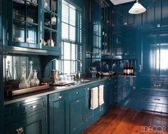 Miles Redd. Farrow and Ball Hague Blue Cabinets. Elle Decor. Photography William Waldron.