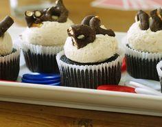 cupcakes beer, chocolate covered pretzels, chocolates, chocolate cupcakes, cupcake recipes, dinner recipes, blog, dessert, beer cupcak