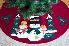 ~ Dina Inspirações' Christmas Tree Skirt ~ Free Pattern....