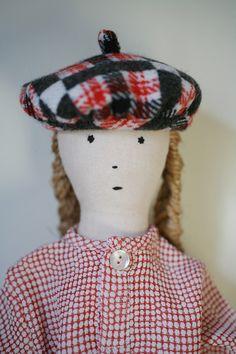 portrait de la poupée Bertille  lestoilesblanches.com