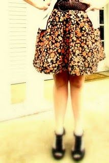 The Simple Gathered Skirt w/ pockets Tutorial
