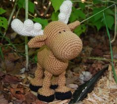Cute crochet moose - no pattern