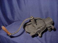 Antique Cast Iron 1903 A. H. Patch Black Hawk 909 Corn Sheller