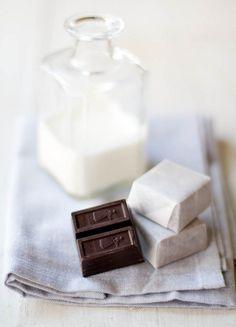 carafe, foods, chocolates, milk, white, boho, food photographi, blog, chocolate truffles