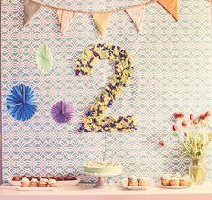 Minty birthday party decor