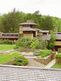 Taliesin -Spring Green, Wisconsin  Frank Lloyd Wright #GISSLER #interiordesign