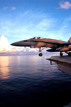 F/A-18 launch