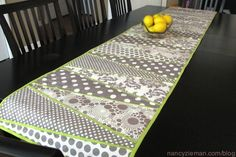 Nancy Zieman's How to make a table runner with a dresden plate ruler
