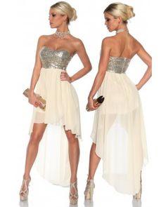 Este o rochie de seara perfecta pentru ocazii speciale, o rochie care se remarca prin aplicatii de paiete  irezistibile. #rochii #deseara #online #shopmaniac