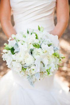 White wedding bouquet: http://www.stylemepretty.com/little-black-book-blog/2014/04/23/elegant-durham-ranch-wedding/   Photography: Kate Webber - http://katewebber.com/