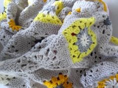 wip gray and yellow crochet blanket and a question for crocheters | elisabeth andrée
