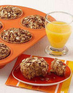 Applesauce Oatmeal Muffins - Recipe | http://www.quakeroats.com/