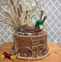 THE PERFECT WEDDING CAKE!!!! Duck Hunting Groom's Cake