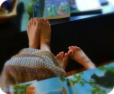 books, drawings, barefoot mama, read, gifts, gift cards, mama tool, landing pages, blog