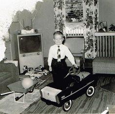 Vintage Christmas Photo 1950s pure joy!