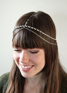 Wish I could pull off this headpiece!